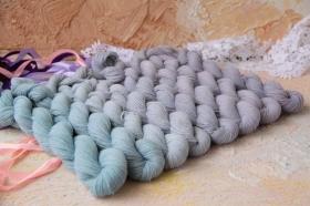 Filati Biagioli Modesto CASH30 пыльный сиренево-голубой градиент